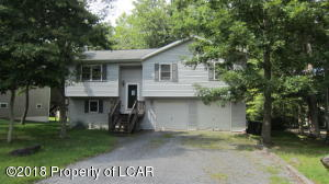 156 Buck Ridge Ln, Drums, PA 18222