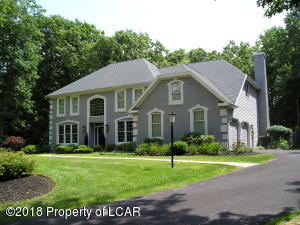 333 Deer Run Drive, Mountain Top, PA 18707