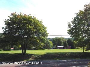 1375 Oak Grove Dr, Lehighton, PA 18235