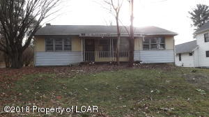 910 Lloyd St, Pittston, PA 18641
