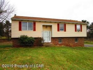 113 Side Hill Ct, Sugarloaf, PA 18249