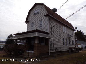 74 West End Road, Hanover Township, PA 18706
