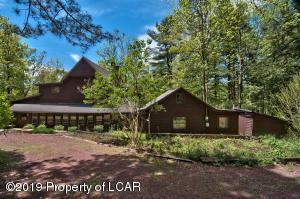 301 Pine Lane, Mountain Top, PA 18707
