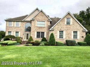 704 Parkview Road, Moscow, PA 18444