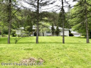 227 Old Trail Road, Dalton, PA 18414