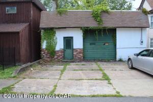 47 Graham Ave, Hanover Township, PA 18706
