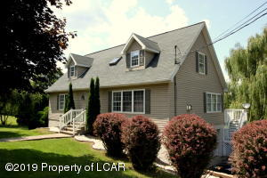 58 E Foothills Drive, Drums, PA 18222