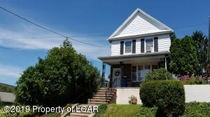 8 Chapel Street, Pittston, PA 18640
