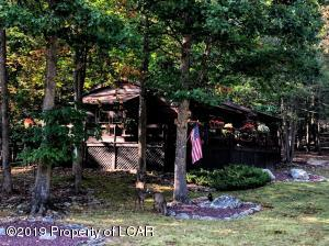351 W Lake Valley Drive, Hazleton, PA 188202