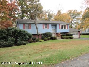 20 Oak Drive, Mountain Top, PA 18707