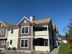 5 Marimar Street, Old Forge, PA 18518