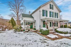 142 W Tioga Street, Tunkhannock, PA 18657