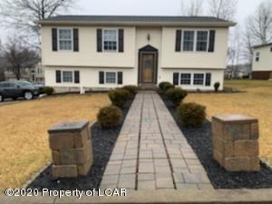105 Liberty Circle, Hazleton, PA 18202