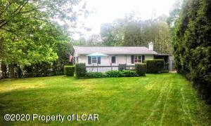 2111 Lakeside Drive, Harveys Lake, PA 18618