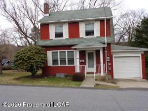 86 Perrin Avenue, Shavertown, PA 18708