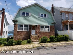 25 Oak Street, West Hazleton, PA 18202