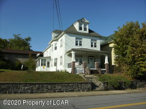 209 W Shawnee Avenue, Plymouth, PA 18651