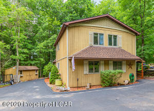 246 Avalanche Lane, Drums, PA 18222