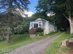 2161 Bear Creek Boulevard, Bear Creek, PA 18702