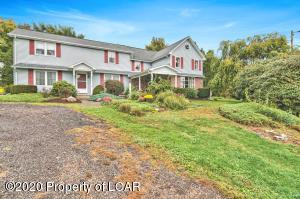 15 Country Lane, Wapwallopen, PA 18660