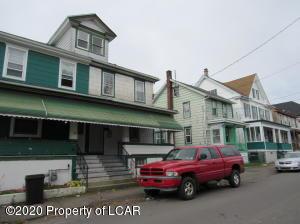 336 E Chestnut Street, Hazleton, PA 18201