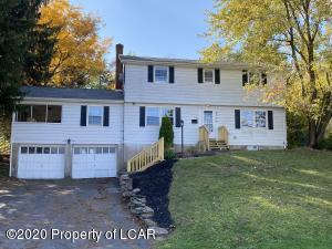 306 Tulip Circle, Clarks Summit, PA 18411