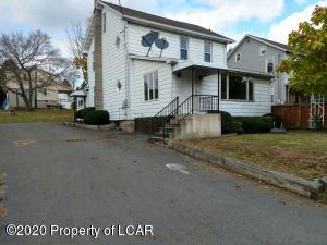 814 St Johns Road, Drums, PA 18222