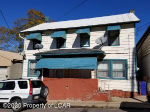 523 E Cranberry Avenue, Hazleton, PA 18201