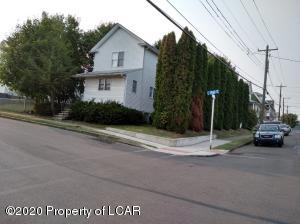 718 S Walnut Street, Nanticoke, PA 18634