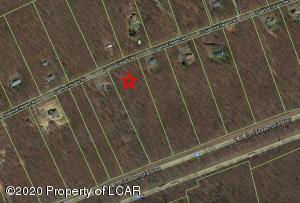 6 Sugarloaf Heights Road, Drums, PA 18222