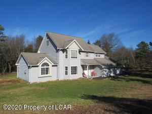 2102 Estates Drive, Blakeslee, PA 18610