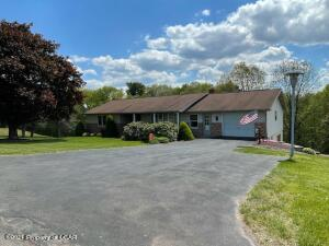 109 Knorr Road, Drums, PA 18222