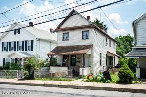82 Hillside Avenue, Edwardsville, PA 18704