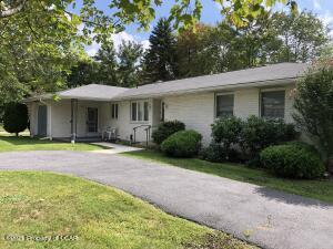 1336 Woodlawn Drive, Hazle Twp, PA 18202