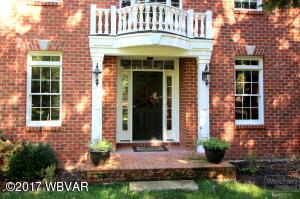 303 HERITAGE LANE, Williamsport, PA 17701