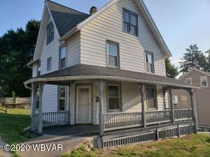 52 W HOUSTON AVENUE, Montgomery, PA 17752