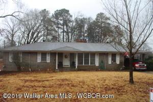 733 PORTERCREST Rd, Graysville, AL 35073