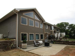 2591 Beaver Creek Rd, Watford City, ND 58854