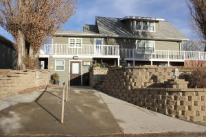 141 3rd St SW, Watford City, ND 58854