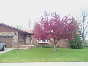 809 22nd St. E., Williston, ND 58801