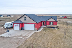 13677 Hawthorn Loop, Williston, ND 58801