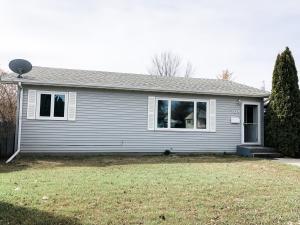 709 18th St W, Williston, ND 58801