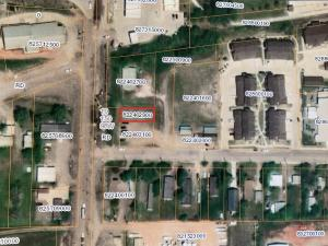 305 1st St SE, Watford City, ND 58854