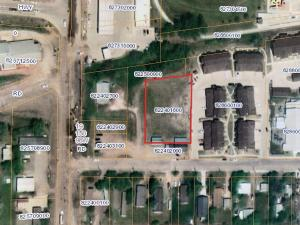 300 1st St SE, Watford City, ND 58854