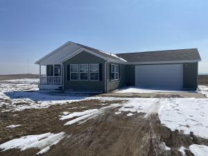 13078 Sandy St, Arnegard, ND 58835