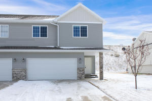500 8th St NW, Watford City, ND 58854