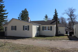 409 2nd Ave NW, Watford City, ND 58854