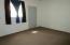 24 Sunrise Estates Rd, Watford City, ND 58854