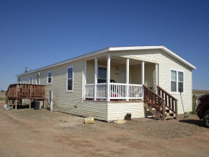 12890 Longview Dr, Arnegard, ND 58835