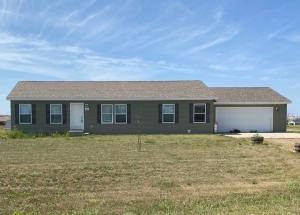 2641 Hillside Dr, Watford City, ND 58854